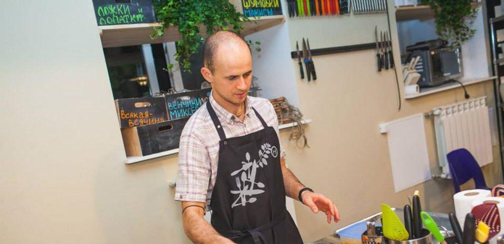 Шеф-повар вегетарианского ресторана Евгений Онуфриенко