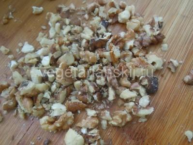 дробим орехи