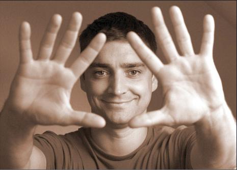 руки масасжиста